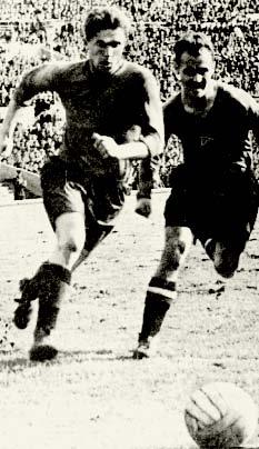 Александр Рысцов (справа) против Анатолия Башашкина.